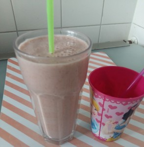 smoothie banaan, aardbei, havermout